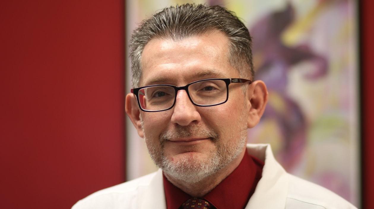 Dr. Mazar at Alsip dental center